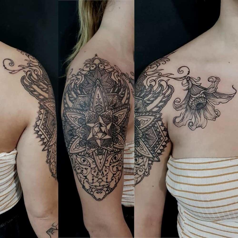 Psychedelic Shoulder piece